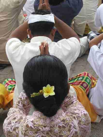 InBaSeranganPb300051.jpg
